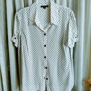 Gloria Lance size 3x white and black polka dot top